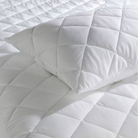 quilted-pillow-protector