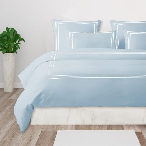 Luxurious-classic-embroidered-duvet-cover-set